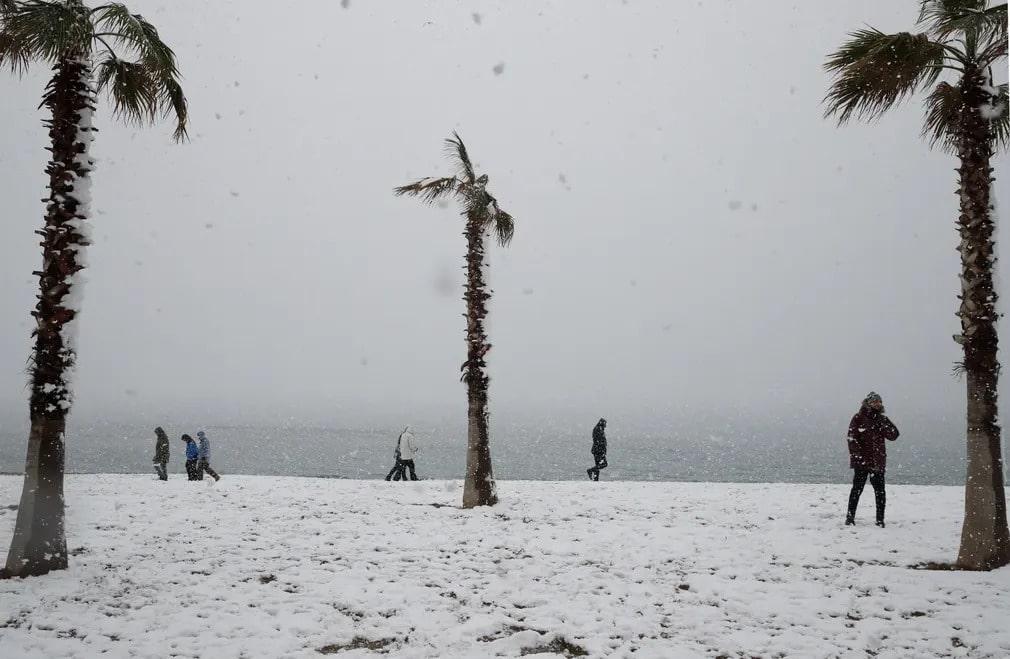 athen gorogorszag havazas ho idojaras hotakaro tel Edem Paleo Faliro nap fotoja