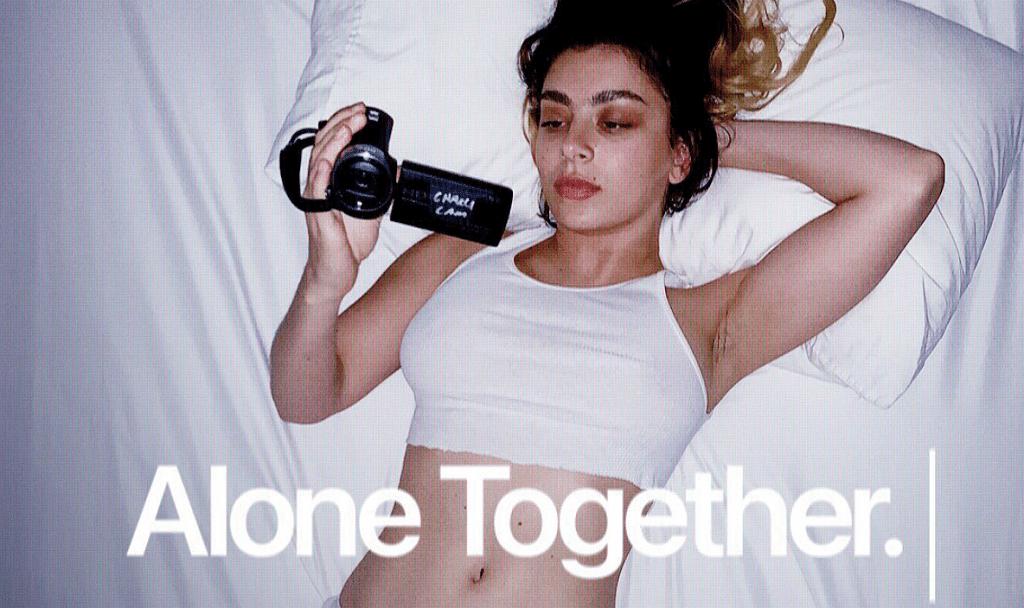 Charli Xcx Dokumentumfilm Alone Together
