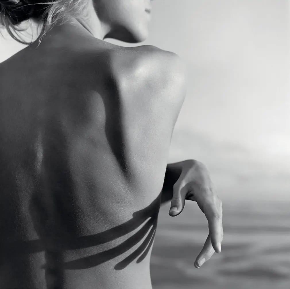 Mona Kuhn, Fotografus, Meztelen, Akt, Fotografia, Foto, Brazil, Sombra, Nap Fotoja