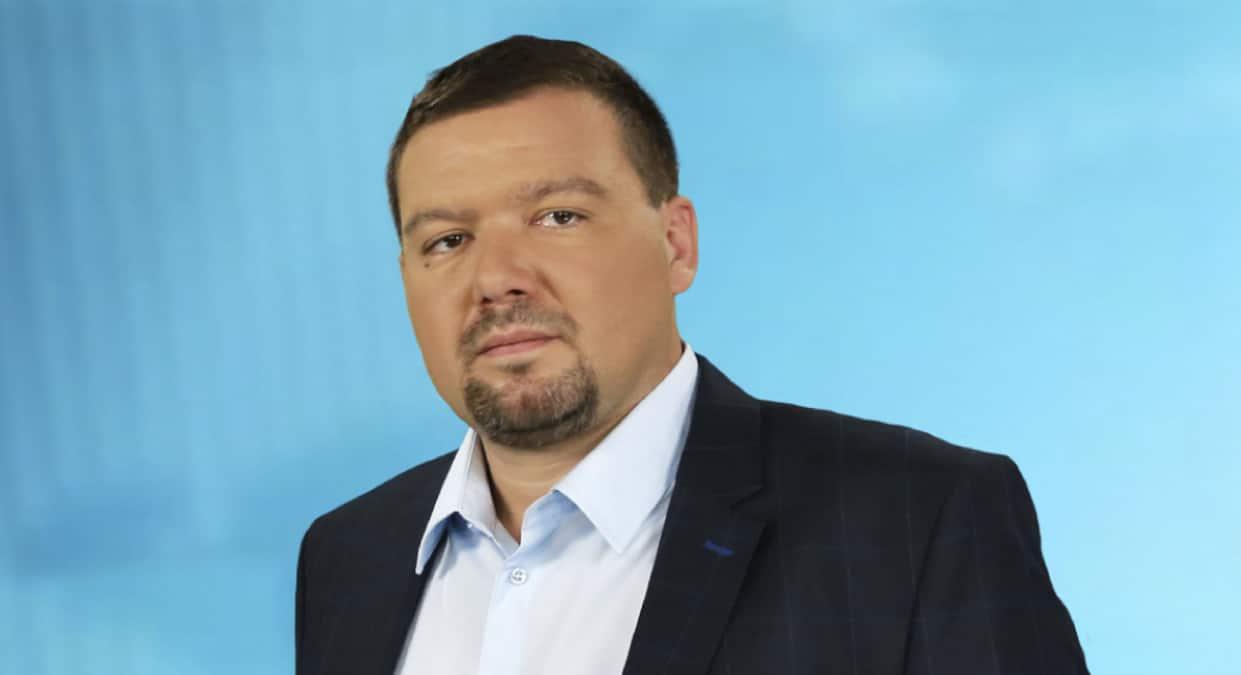 huth gergely pesti sracok pesti tv kituntetes magyar erdemrend fokozat