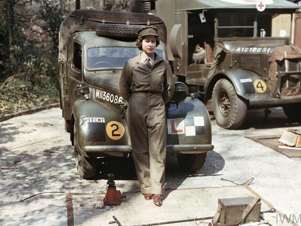 II. Erzsébet kiralyno születésnap autószerelő második világháboru