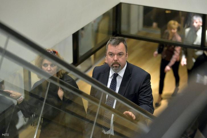 l. simon laszlo muzeumok osszevonasa magyar nemzeti muzeum