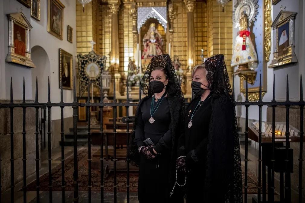 semana santa, mantilla, husveti unnepek, Manu Fernández, nap fotoja