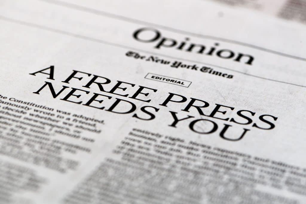 fuggetlen ujsagiras szabad sajto