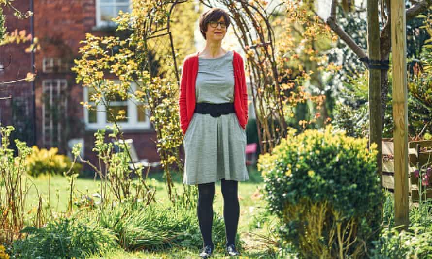 emma beddington wool& kihivas 100 napos ruha kihivas