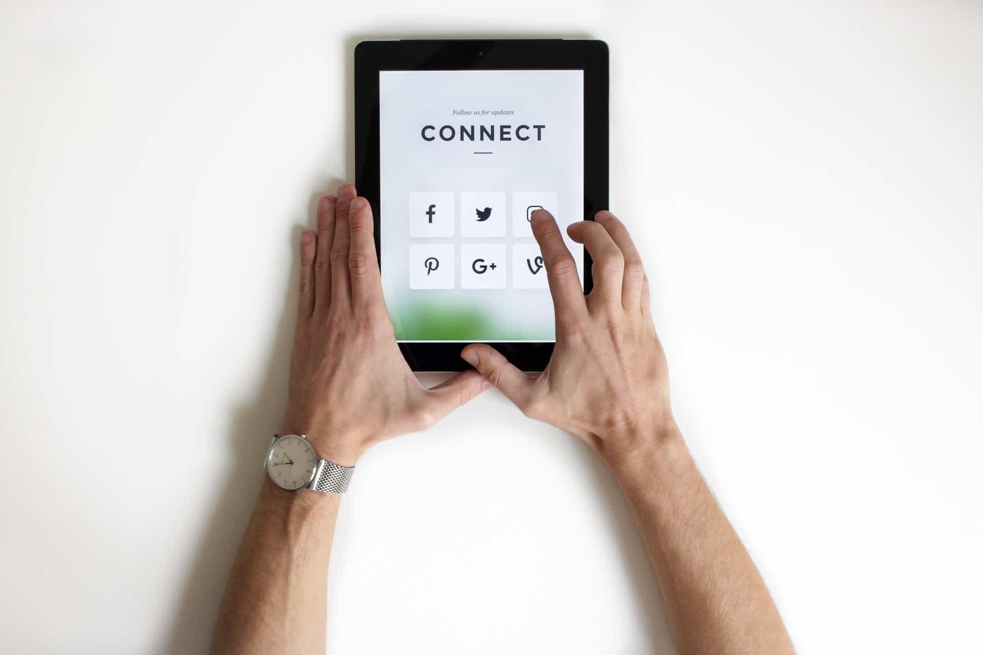 okostelefon otthon mobiltelefon telefonhasznalat technologiahasznalat