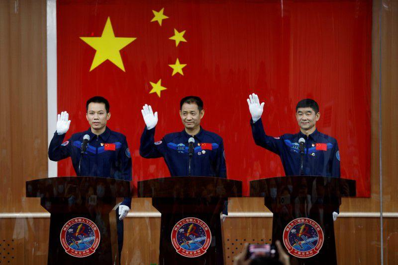 3 Kinai Urhajos Urallomas