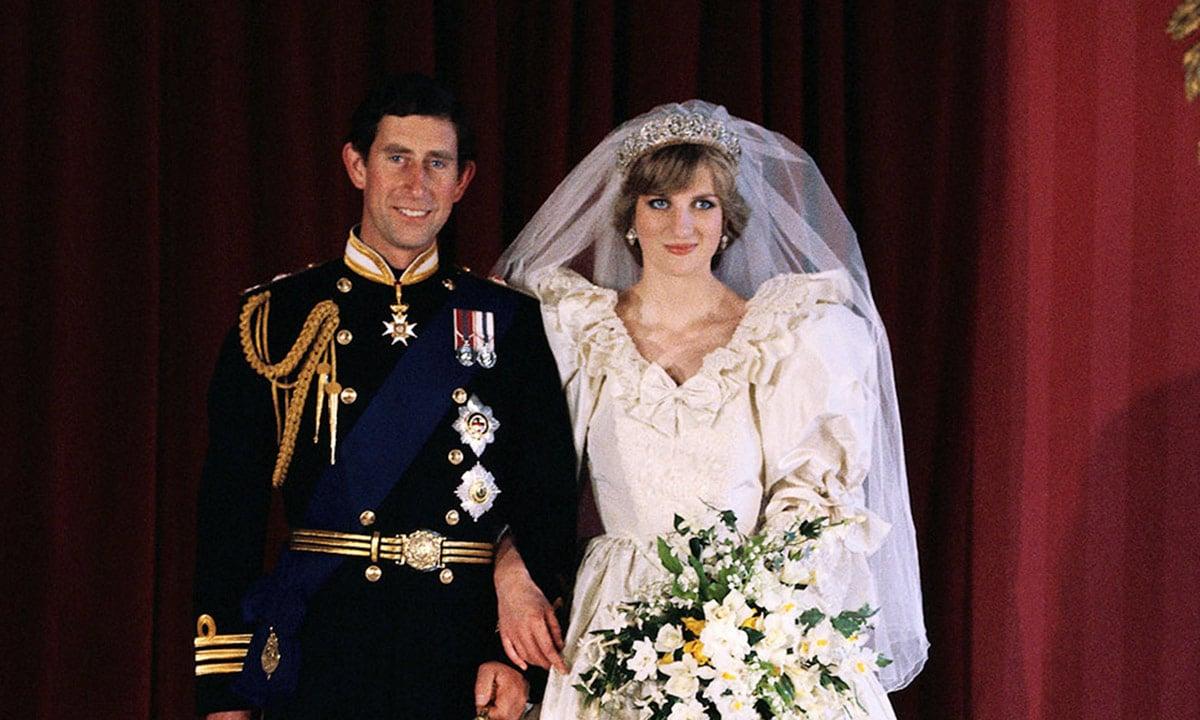 diana hercegno menyasszonyi ruha kiallitas