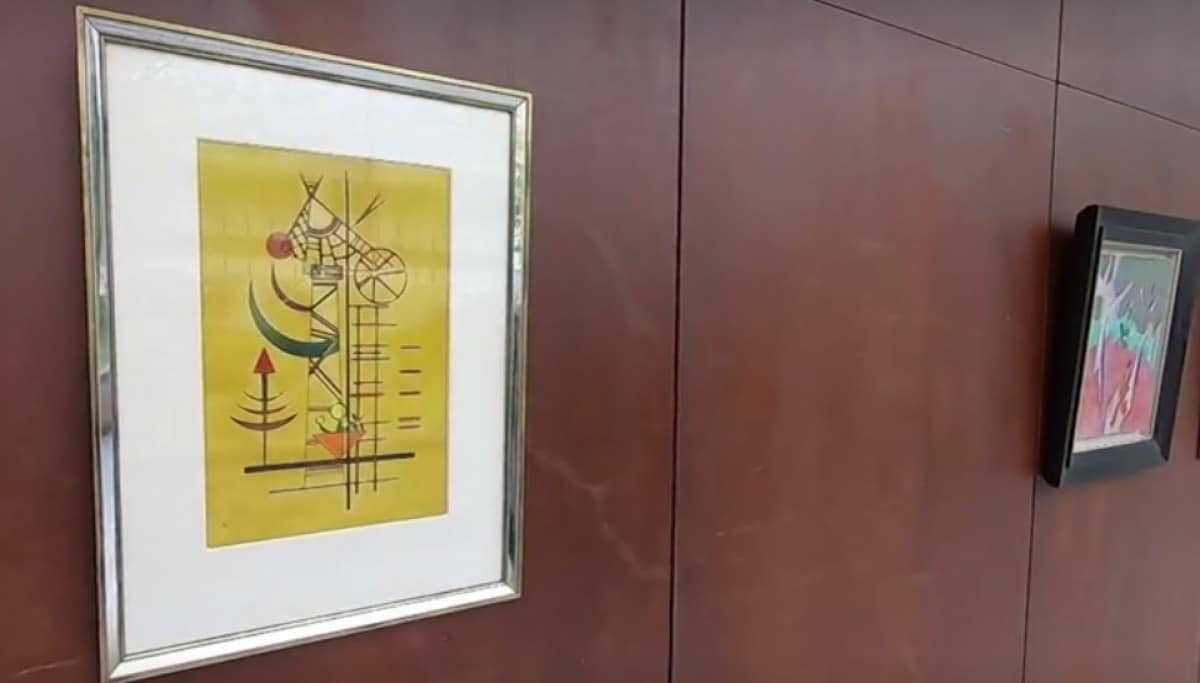 Kandinszkij Gebogene Spitzen Aukcio