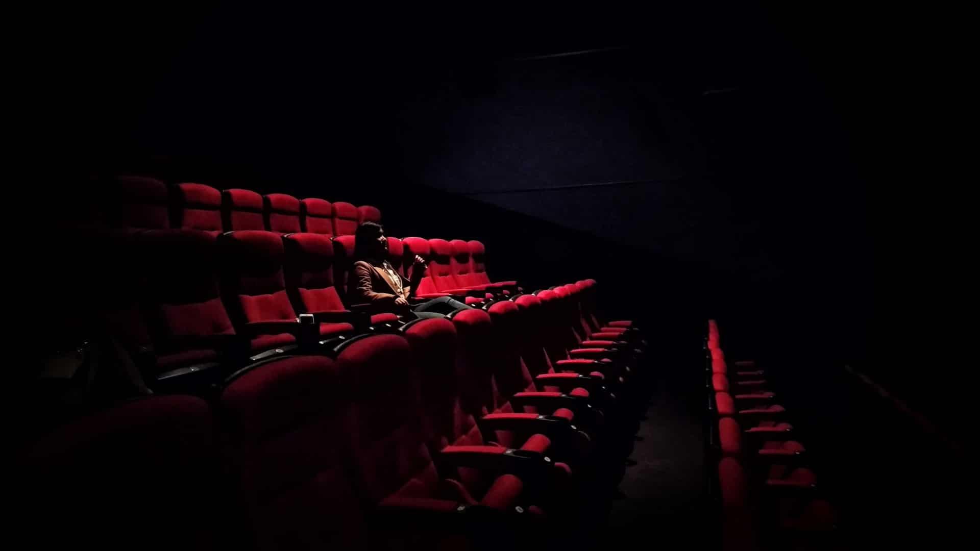 koronavirus jarvany mozi mozik latogatottsaga