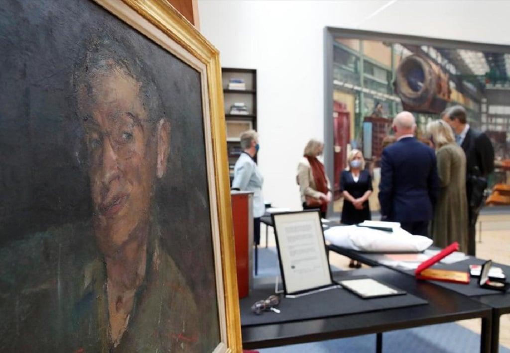 Stephen Hawking Munkai Leveltaros London Tudomany Muzeum
