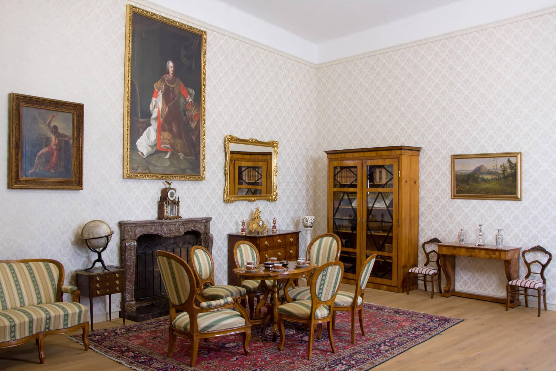 Batthyany-Strattmann Laszlo Muzeum Szalon es ebedlo a Batthany-kastelyban