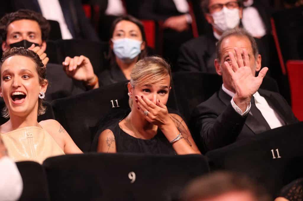 Julia Ducournau Titane Film Cannes 2021 Arany Palma