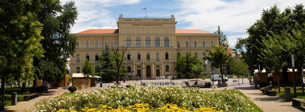 Szegedi Egyetem Kutatocsoport Uj Funkcionalis Anyag