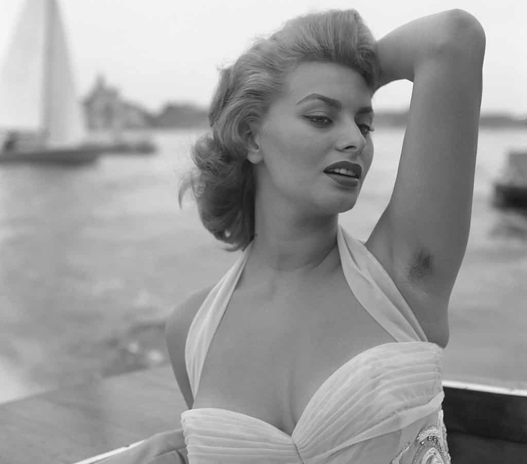 Sophia Loren Szoros Honalj